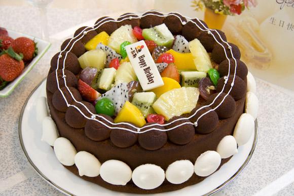 鲜果满园(2磅):2磅(8寸),蛋糕+双层夹心+时令水