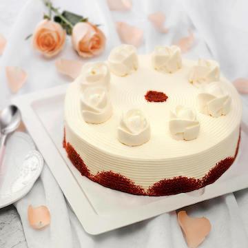 蔓越莓红丝绒奶油生日宴会蛋糕(2磅)