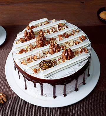 堅果大地芝麻鮮奶蛋糕(6寸)