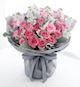 苏醒玫瑰33枝、浅紫色紫罗兰1扎、银叶菊1扎