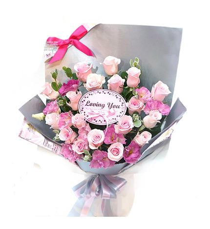 Koi真实P----台湾鲜花:粉玫18朵、粉桔梗、叶材-Koi真实P 粉玫18朵