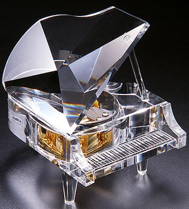 十八音水晶钢琴