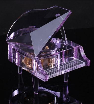 十八音紫水晶钢琴