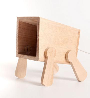 Woody创意榉木小狗灯