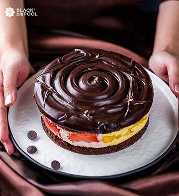 熔岩芒果草莓巧克力蛋糕(1磅)