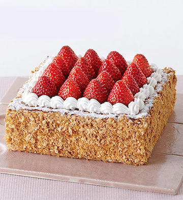 草莓拿破仑澳门新濠天地网站(5-8人食)