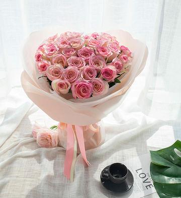 花与爱丽丝